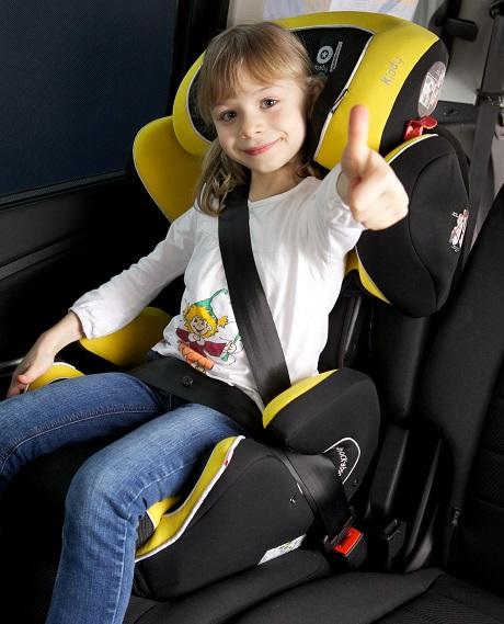 un enfant sur deux n est pas attach correctement en voiture bebe. Black Bedroom Furniture Sets. Home Design Ideas