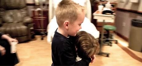 Accouchement facile sans pousser bebe for Accouchement a la maison youtube